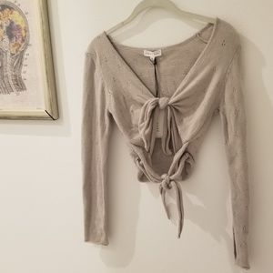 NWT flirty double tie soft Emory Park blouse